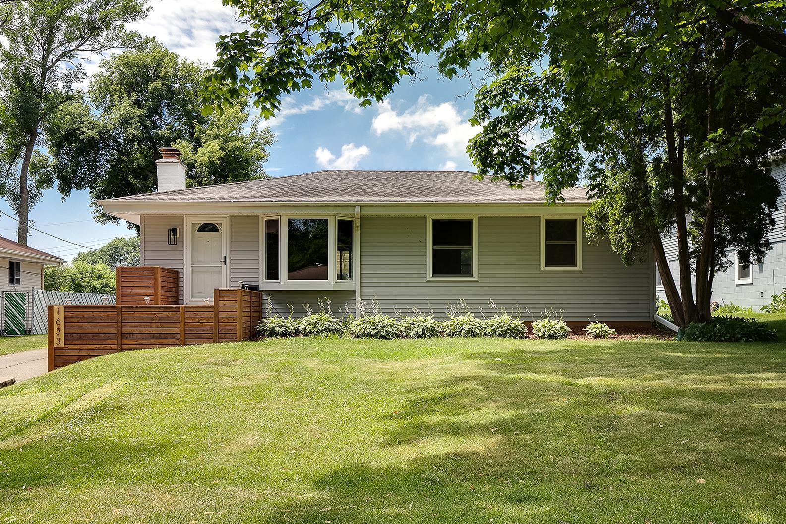 1633 Hillsboro Avenue N Property Photo - Golden Valley, MN real estate listing