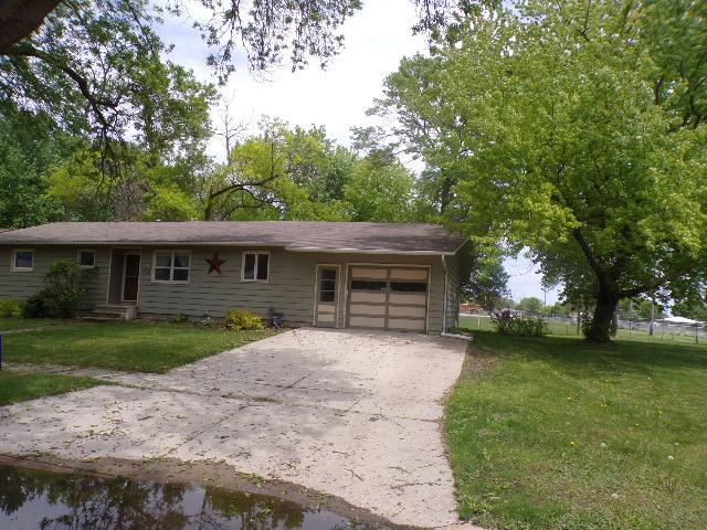 214 Central Property Photo - Truman, MN real estate listing