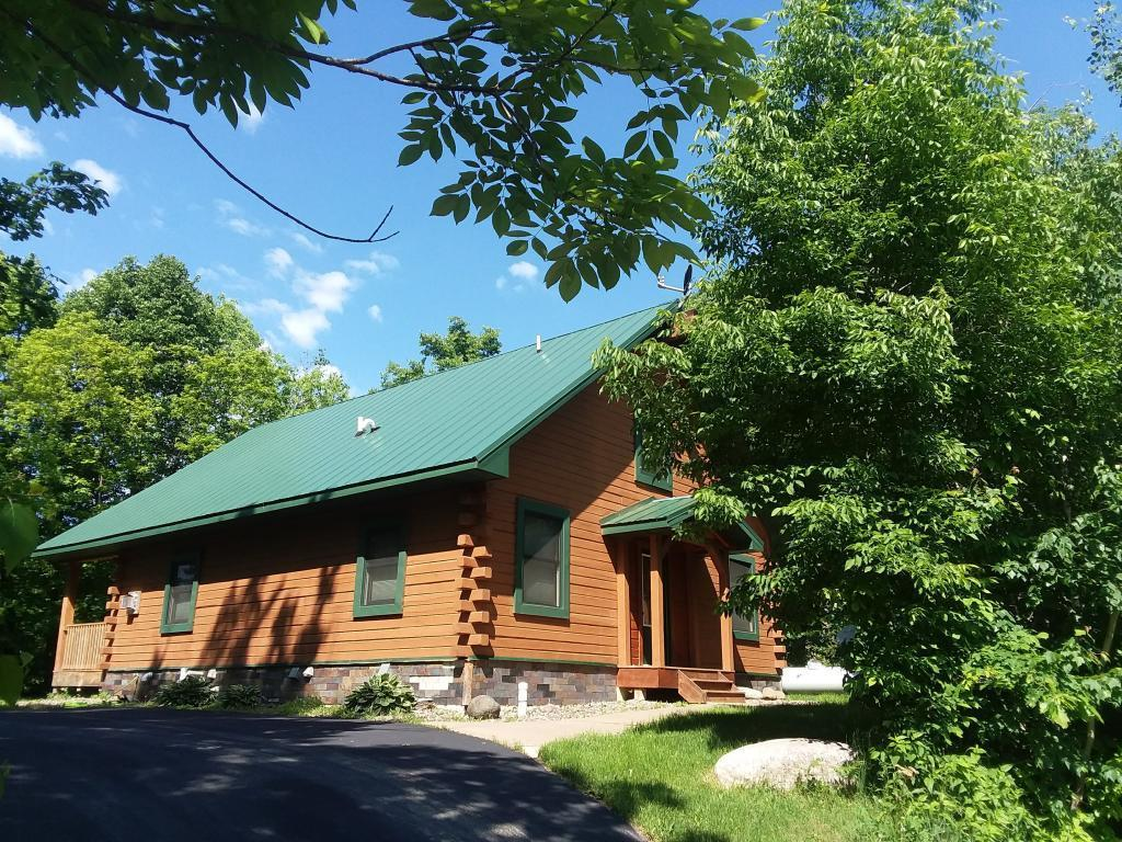 47369 Swing Away #A Property Photo - Garrison, MN real estate listing