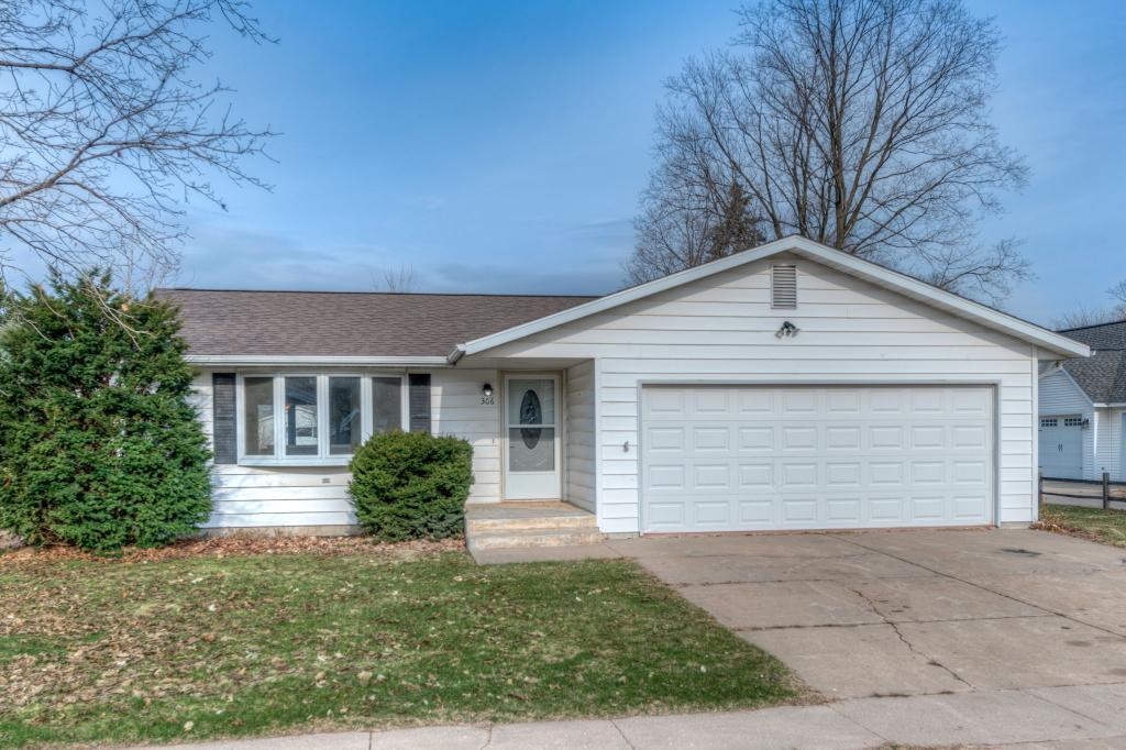 306 Pine Street Property Photo - Pepin, WI real estate listing
