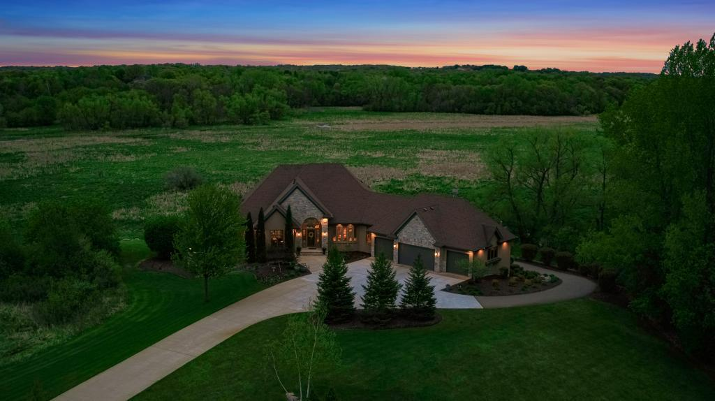 18787 Meadow View Property Photo - Prior Lake, MN real estate listing