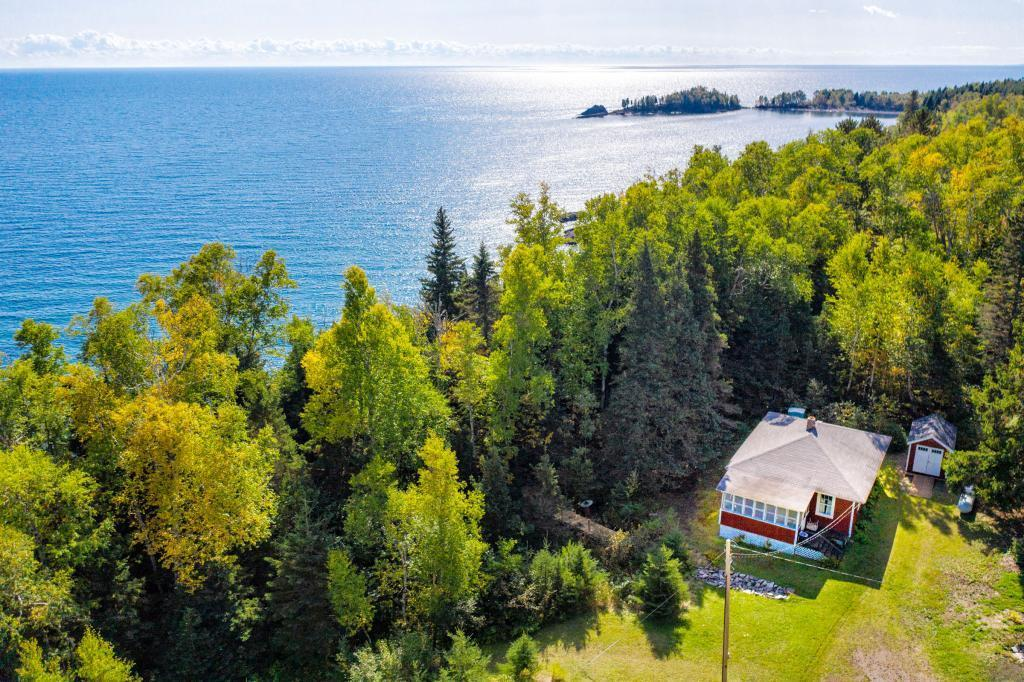 9000 MN-61 Property Photo - Schroeder, MN real estate listing