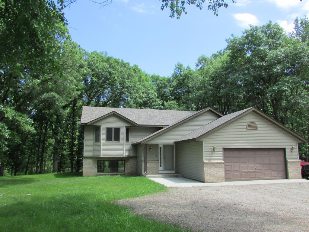 9367 Riverview Property Photo