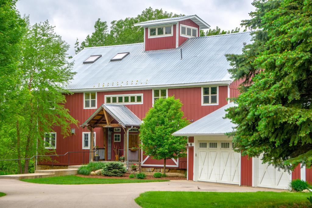11989 30th N Property Photo - Lake Elmo, MN real estate listing