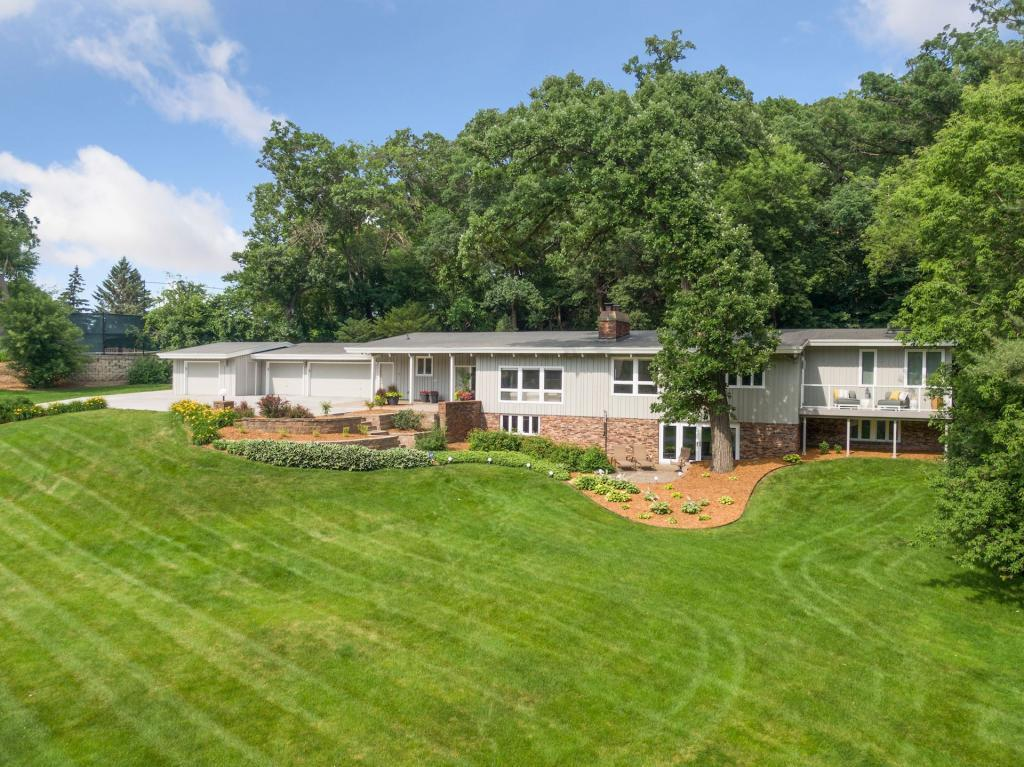 1345 Fairlawn Way Property Photo - Golden Valley, MN real estate listing