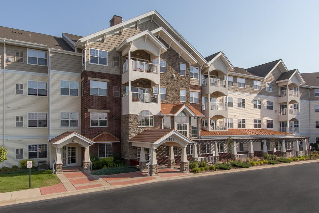 Applewood Pointe- Bloomington Real Estate Listings Main Image