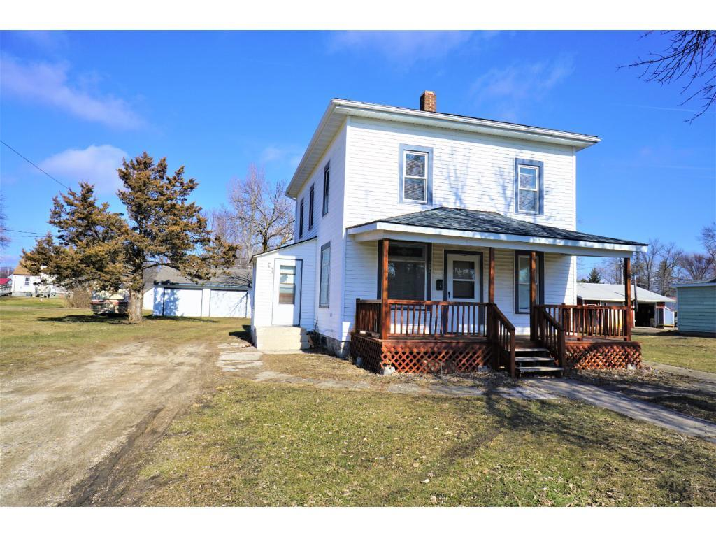 608 Walnut Property Photo - Olivia, MN real estate listing