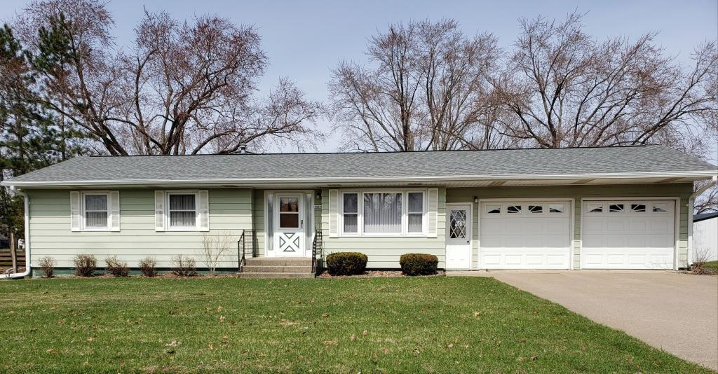 13918 Park Property Photo - Osseo, WI real estate listing