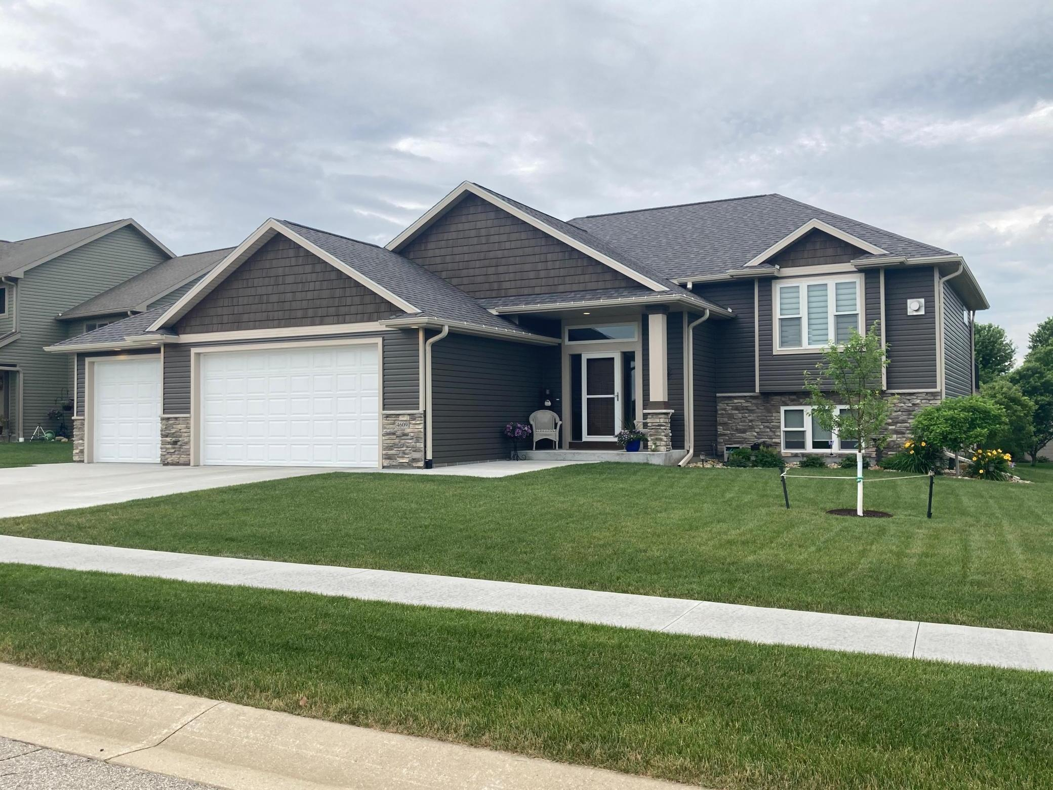 4609 Buckingham NW Property Photo - Rochester, MN real estate listing