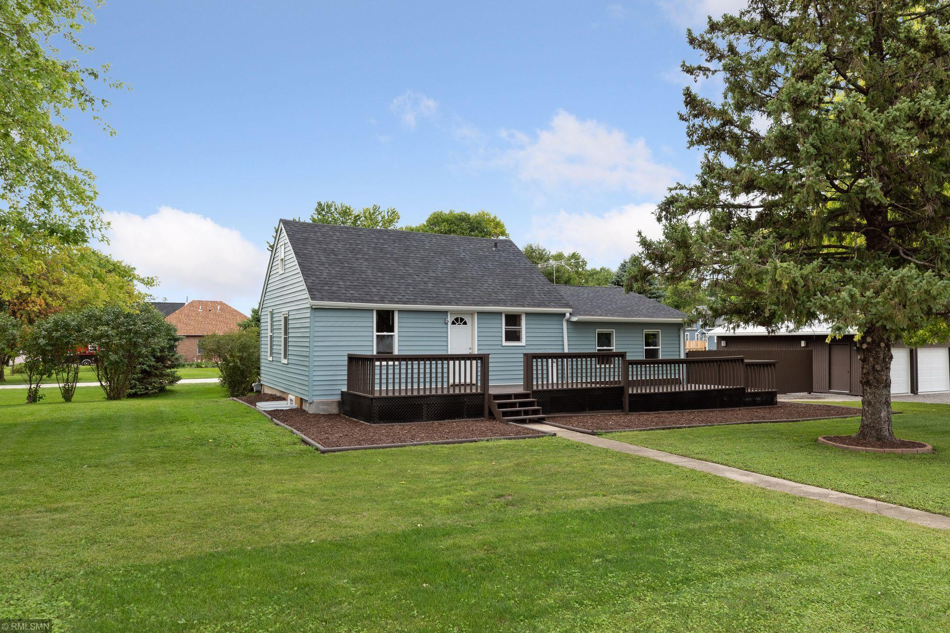 202 N Redwood Street Property Photo - Winthrop, MN real estate listing