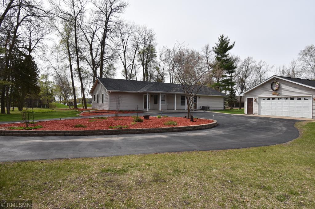 6017 213th NE Property Photo - Wyoming, MN real estate listing
