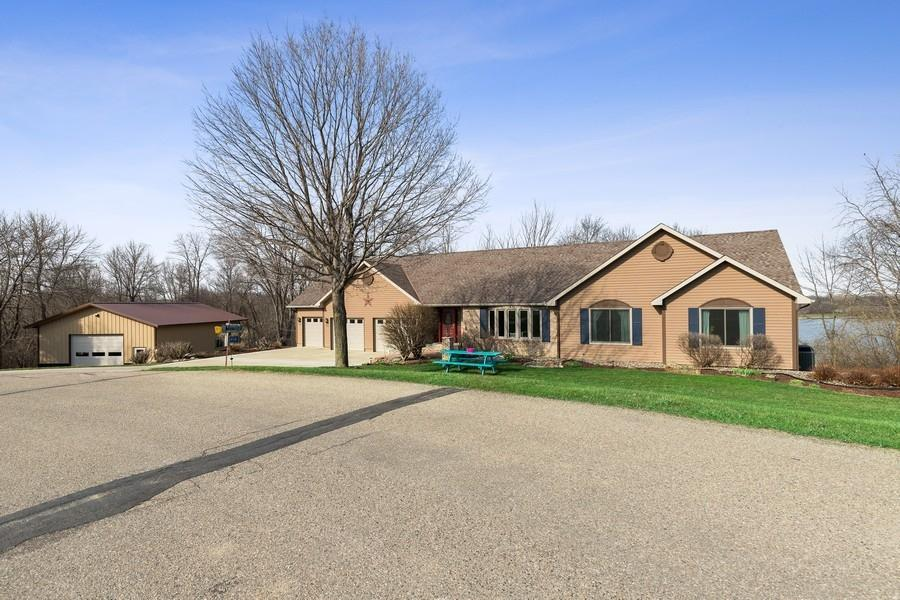 21414 Indian Hills Road Property Photo - Albert Lea, MN real estate listing