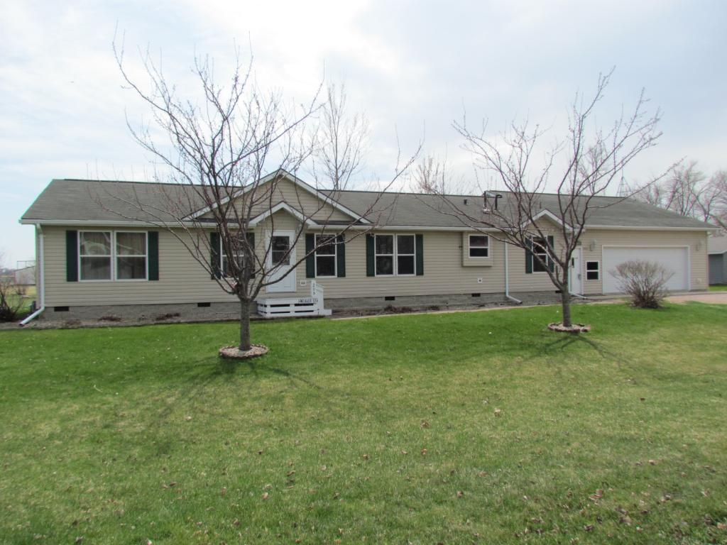 205 Weaver Street Property Photo - Welcome, MN real estate listing