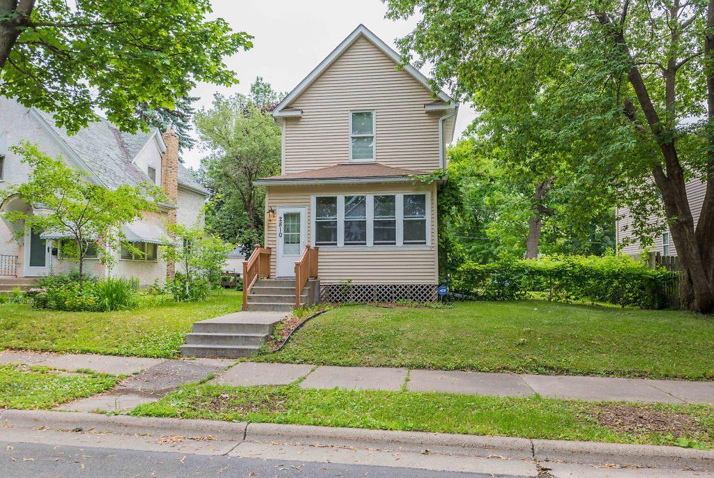 2810 Fremont N Property Photo - Minneapolis, MN real estate listing