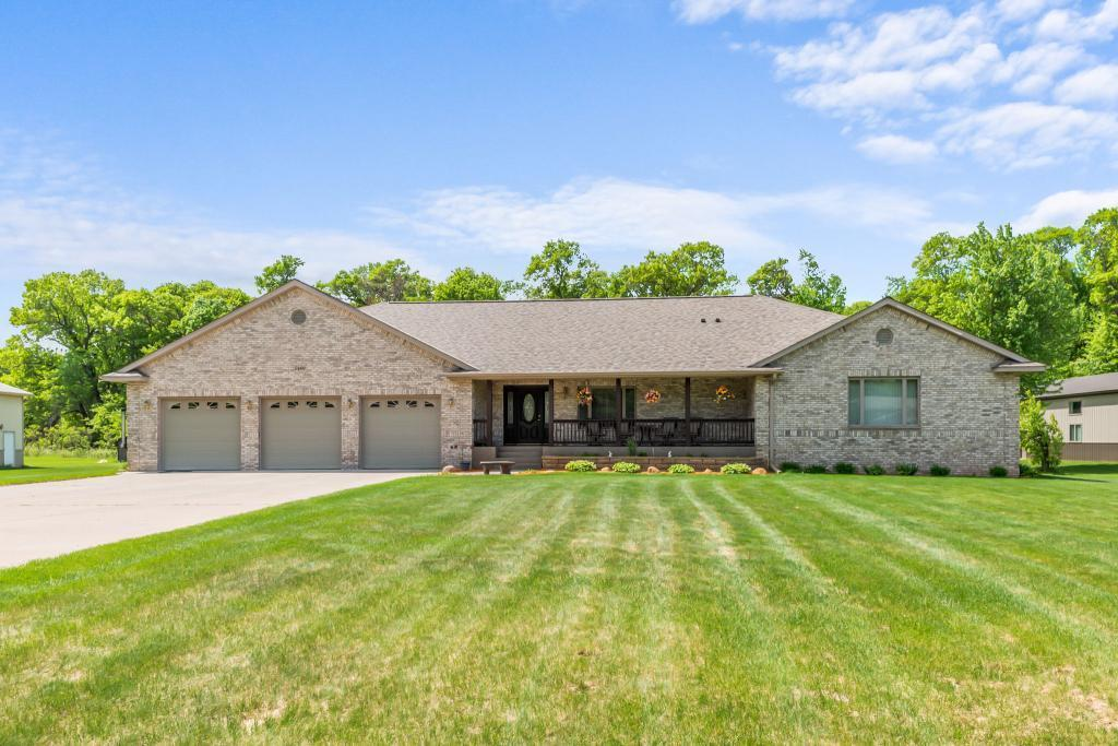5480 209th NE Property Photo - Wyoming, MN real estate listing