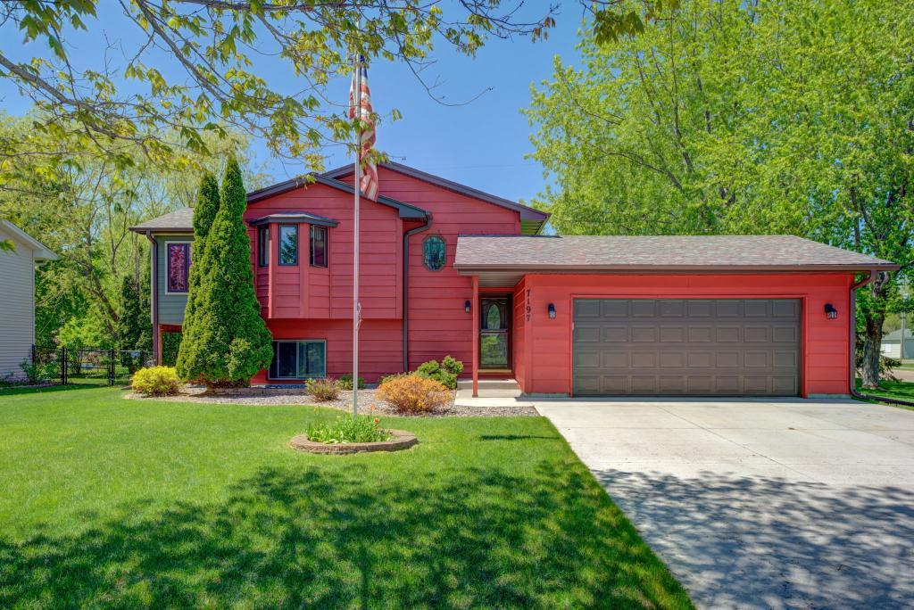 7197 Brian Property Photo - Centerville, MN real estate listing