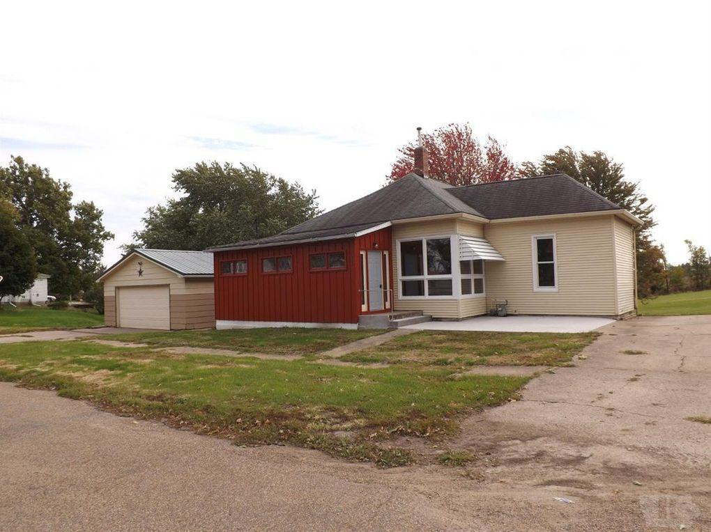 202 Penn Property Photo - What Cheer, IA real estate listing