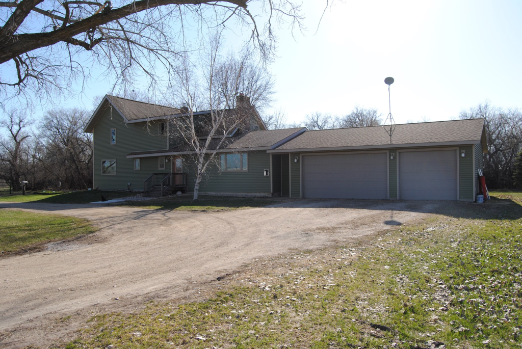 6412 640th Property Photo - Wheaton, MN real estate listing