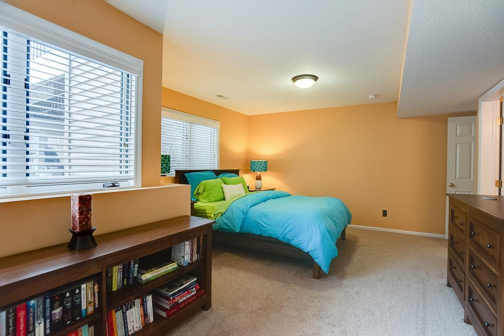 2389 Ellsworth Property Photo - Chaska, MN real estate listing