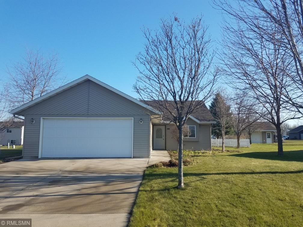 341 Country Side Property Photo - Albany, MN real estate listing