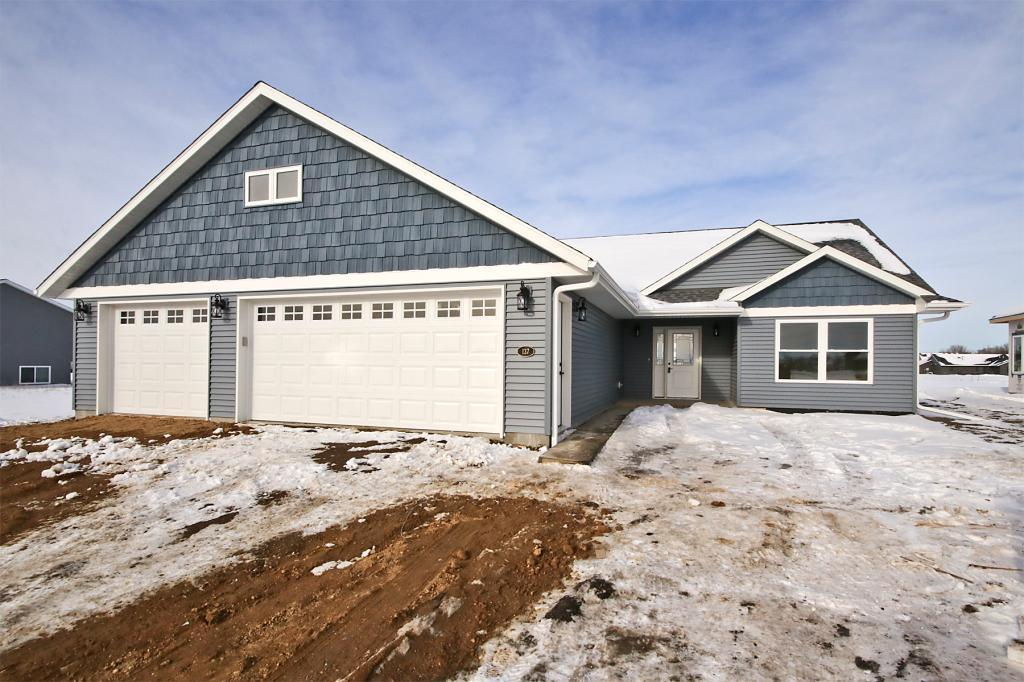 157 Eau Claire SE Property Photo - Hutchinson, MN real estate listing