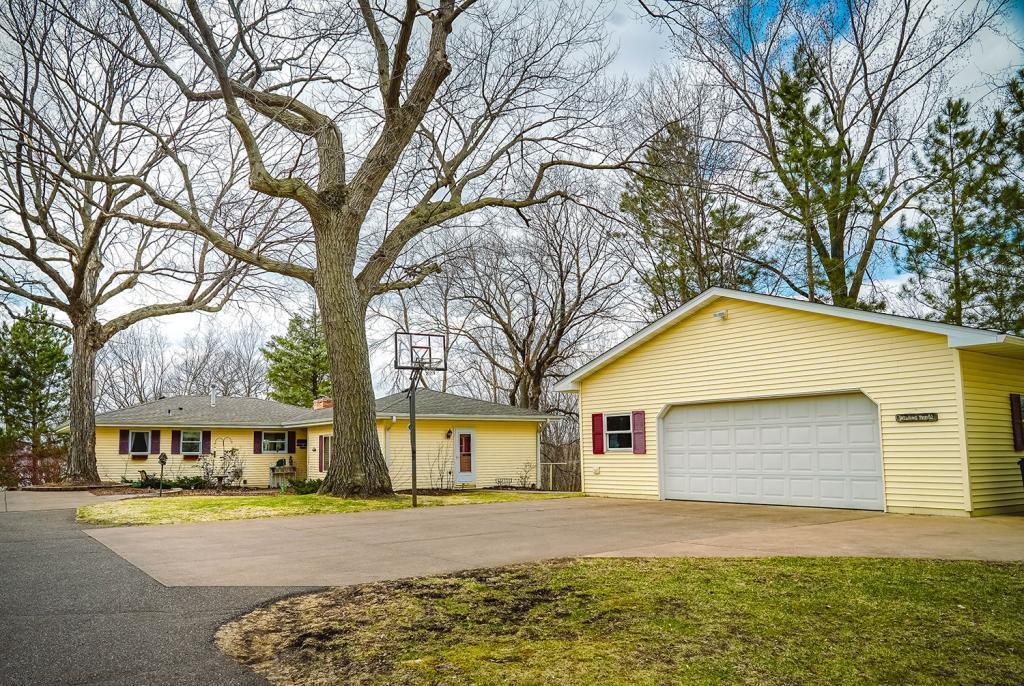28390 Maple Ridge Property Photo