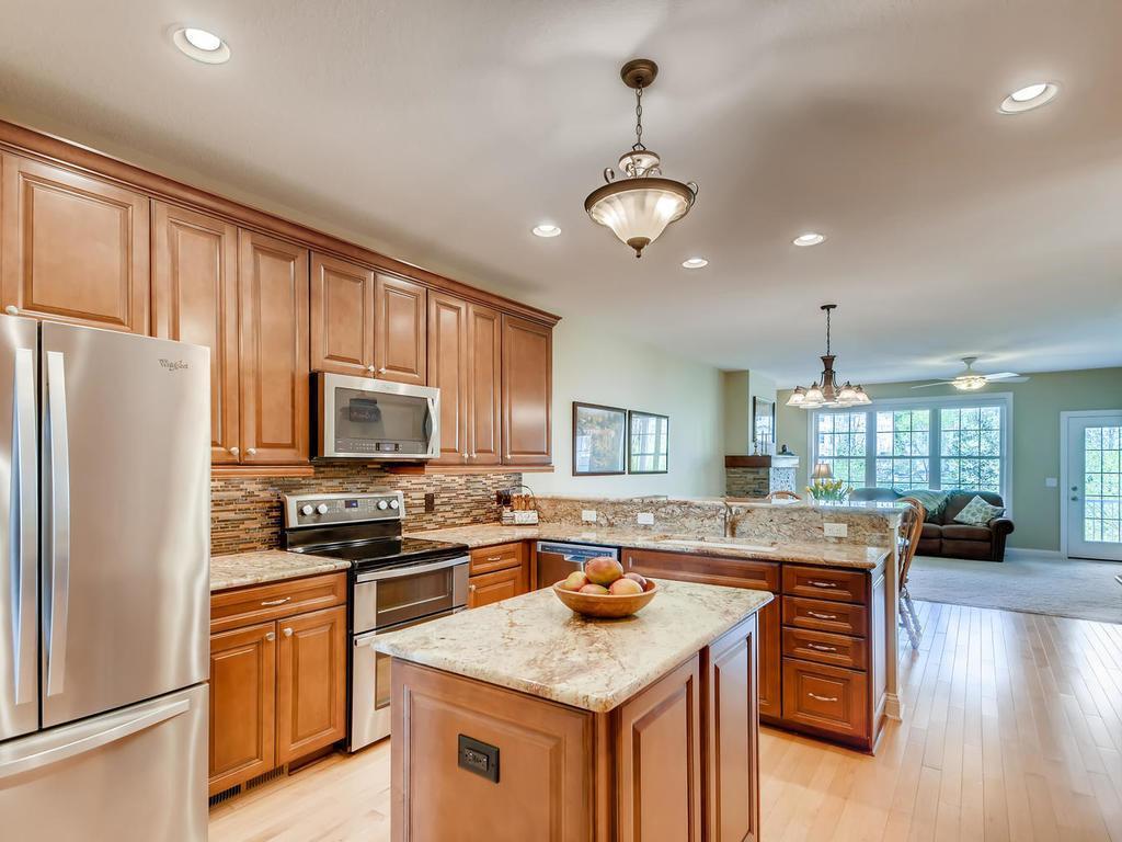 1453 Steeplechase #55 Property Photo - Eagan, MN real estate listing