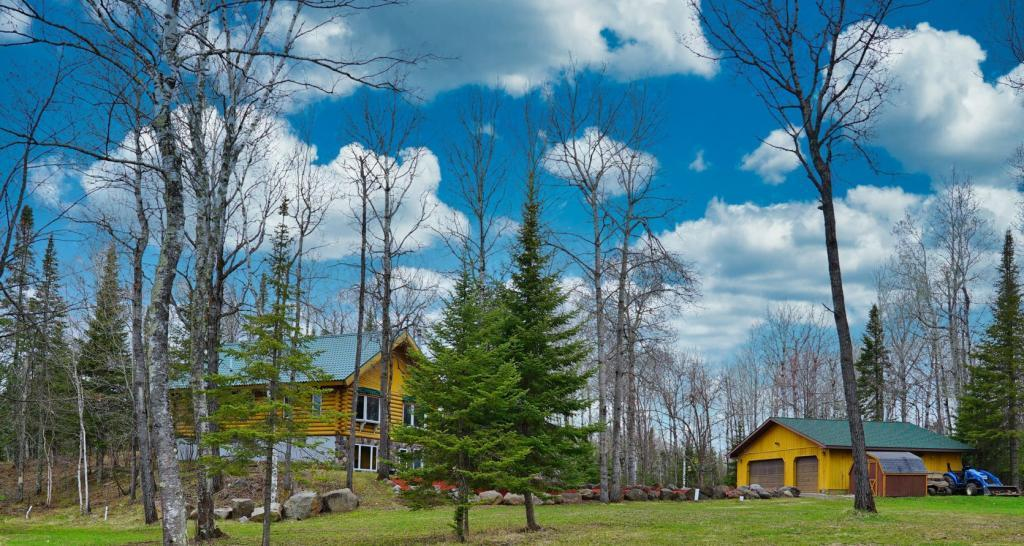 5748 Lavaque Road Property Photo - Duluth, MN real estate listing