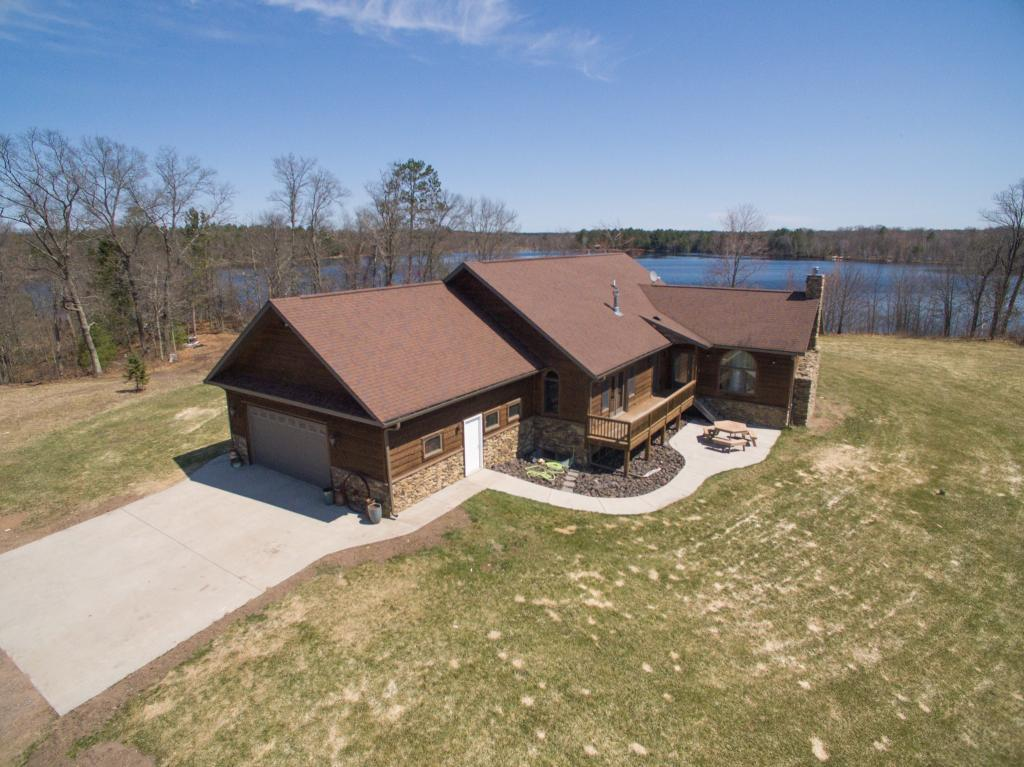 29510 Long Hayden LN Property Photo - Oakland Twp, WI real estate listing