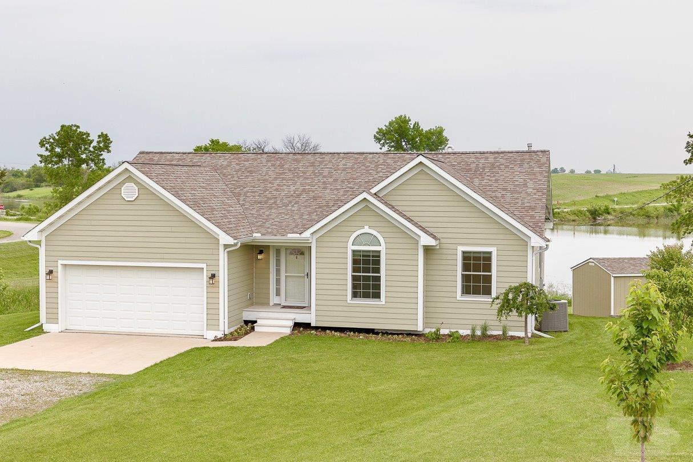 2253 Walton Lake Property Photo - Fairfield, IA real estate listing