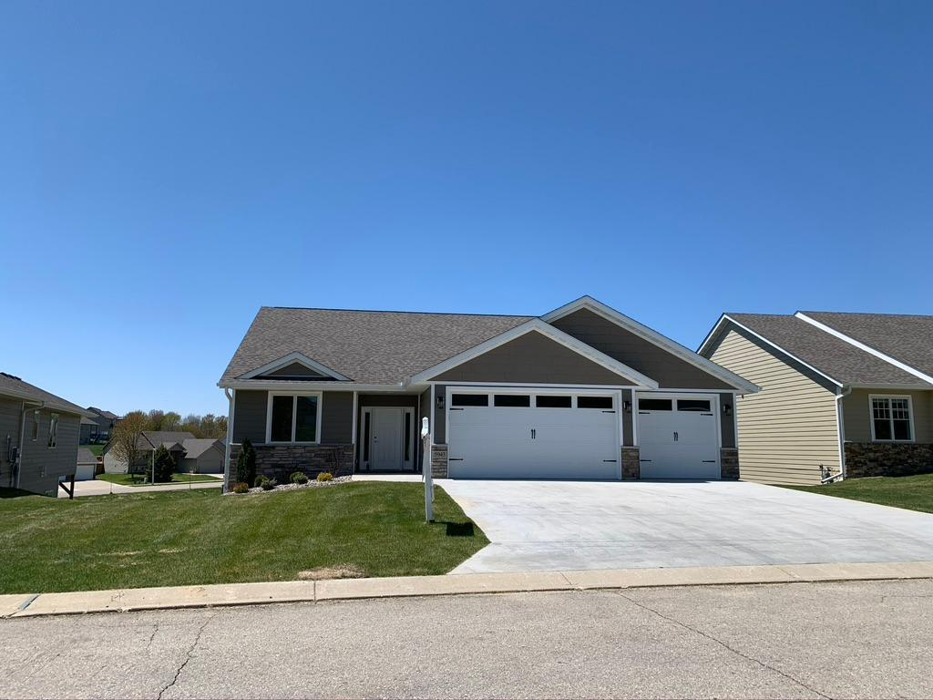 5943 Dogwood NW Property Photo - Rochester, MN real estate listing