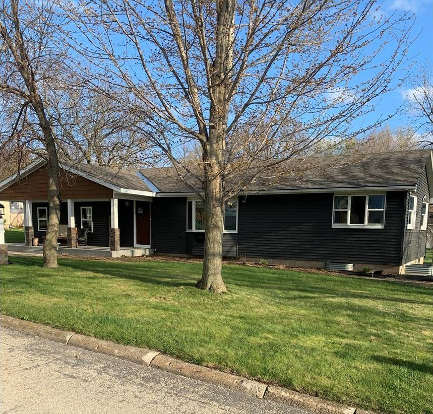 310 4th Property Photo - Emmetsburg, IA real estate listing
