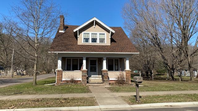 613 River Property Photo - Taylors Falls, MN real estate listing