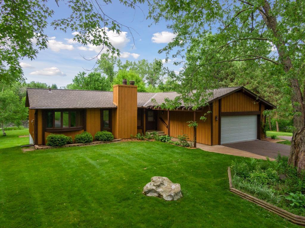 7480 Pinehurst Property Photo