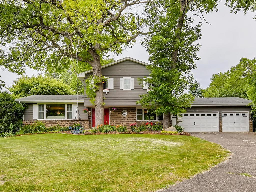 4240 Fairview Property Photo - Minnetonka, MN real estate listing