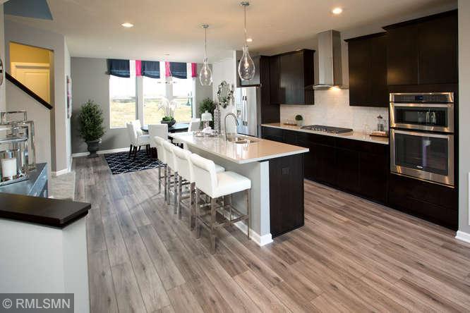 5222 Hampton Ne Property Photo