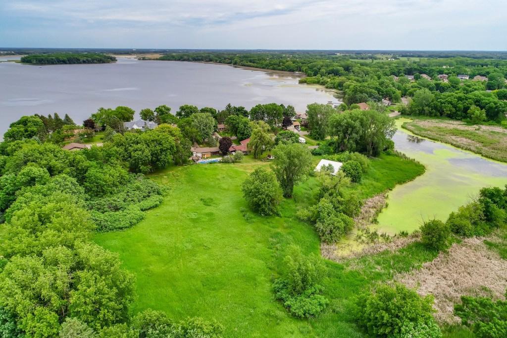 16xx Peltier Lake Drive Property Photo - Centerville, MN real estate listing