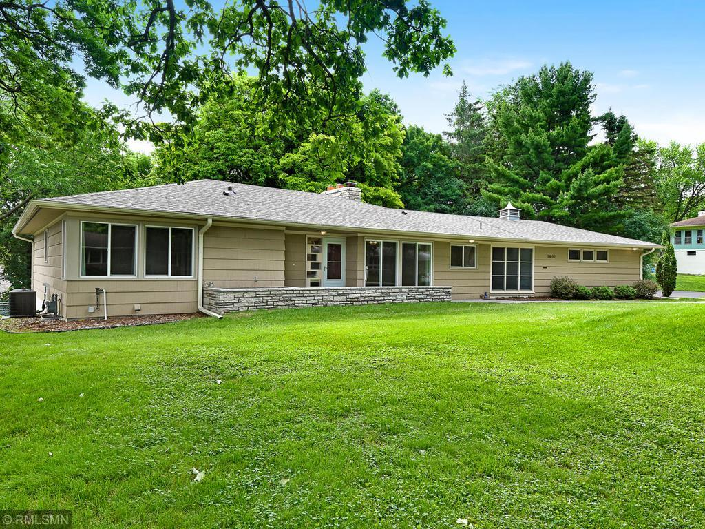 1607 Hillsboro S Property Photo