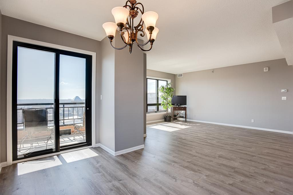 168 6th Street E #3402 Property Photo - Saint Paul, MN real estate listing