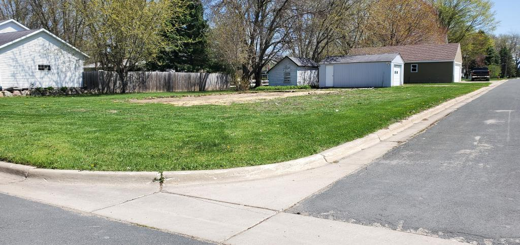 717 Center Avenue S Property Photo - Hayfield, MN real estate listing