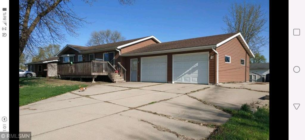205 6th E Property Photo - Glencoe, MN real estate listing