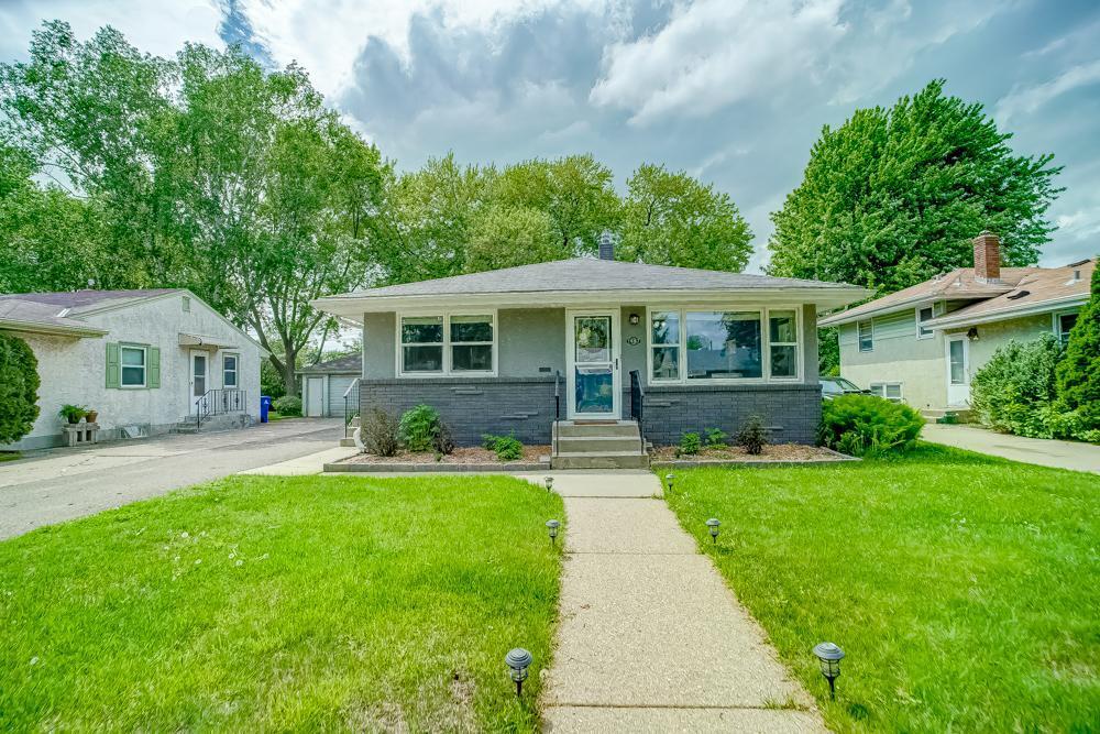 Arlington Ridge Real Estate Listings Main Image