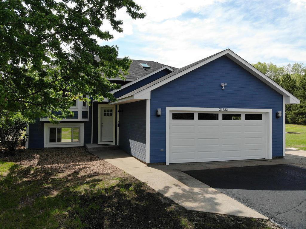 23532 Davenport NE Property Photo - East Bethel, MN real estate listing