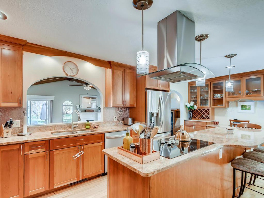 2992 Vanderbie Property Photo - Little Canada, MN real estate listing