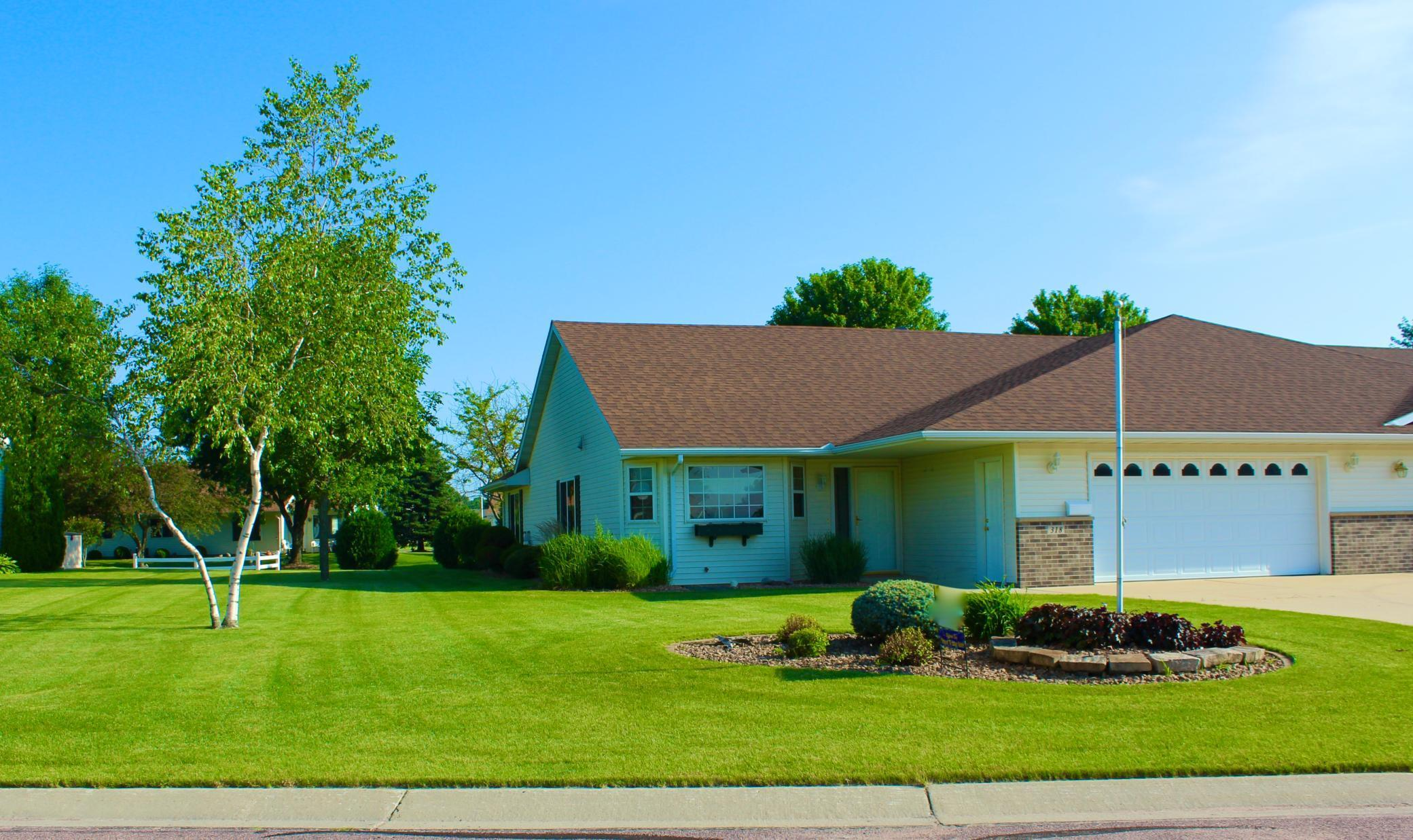 318 5th SW Property Photo - Blooming Prairie, MN real estate listing