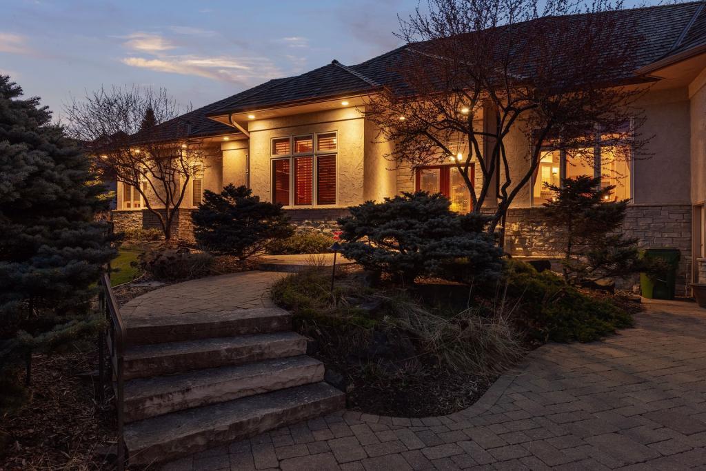 13740 Wood Property Photo - Minnetonka, MN real estate listing