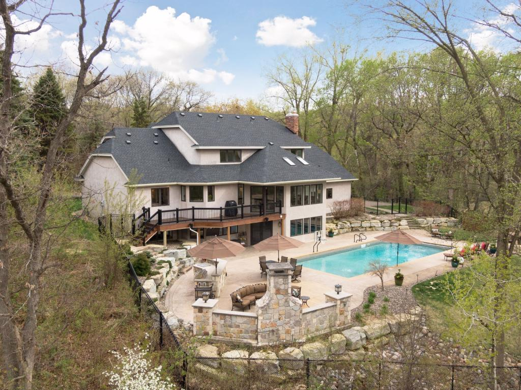 41 Island Road Property Photo - North Oaks, MN real estate listing