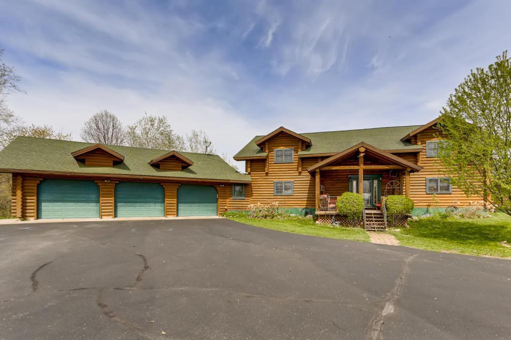 858 174th Avenue Property Photo - Somerset Twp, WI real estate listing
