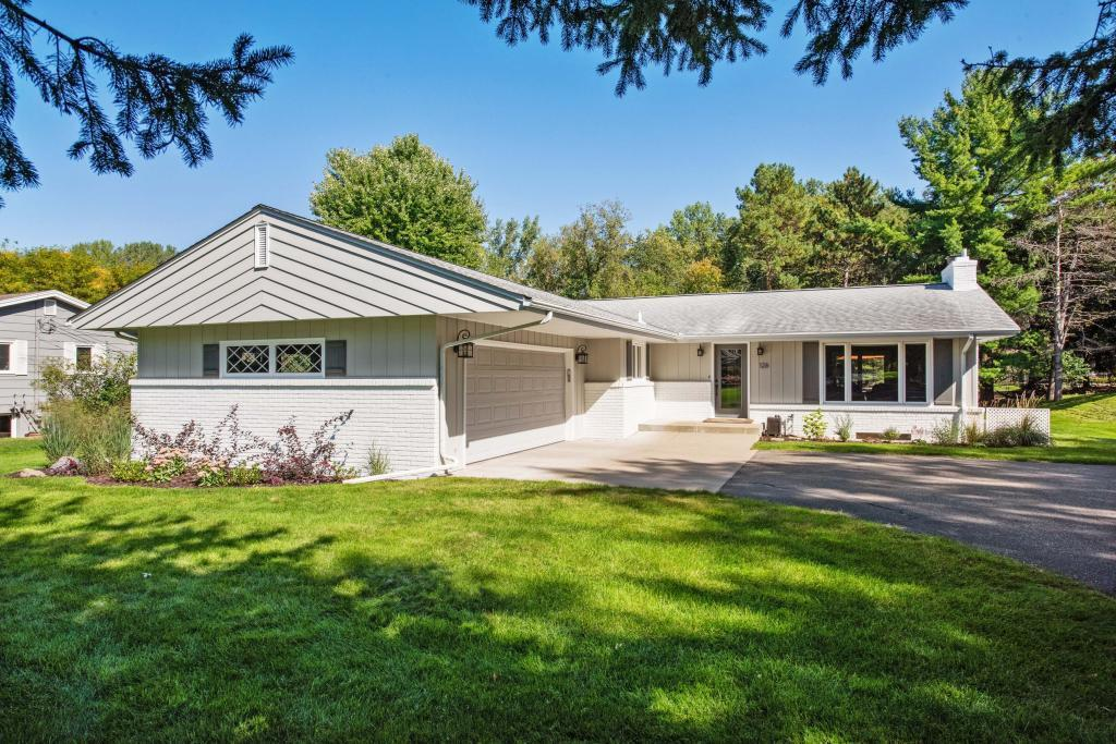 126 Chevy Chase Property Photo - Orono, MN real estate listing