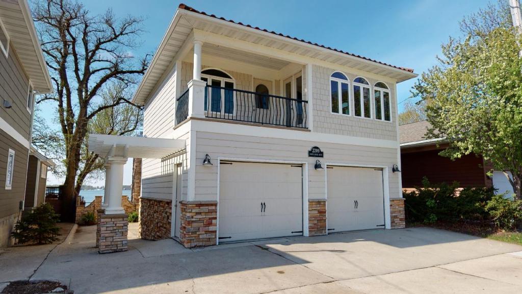 50428 Real Estate Listings Main Image